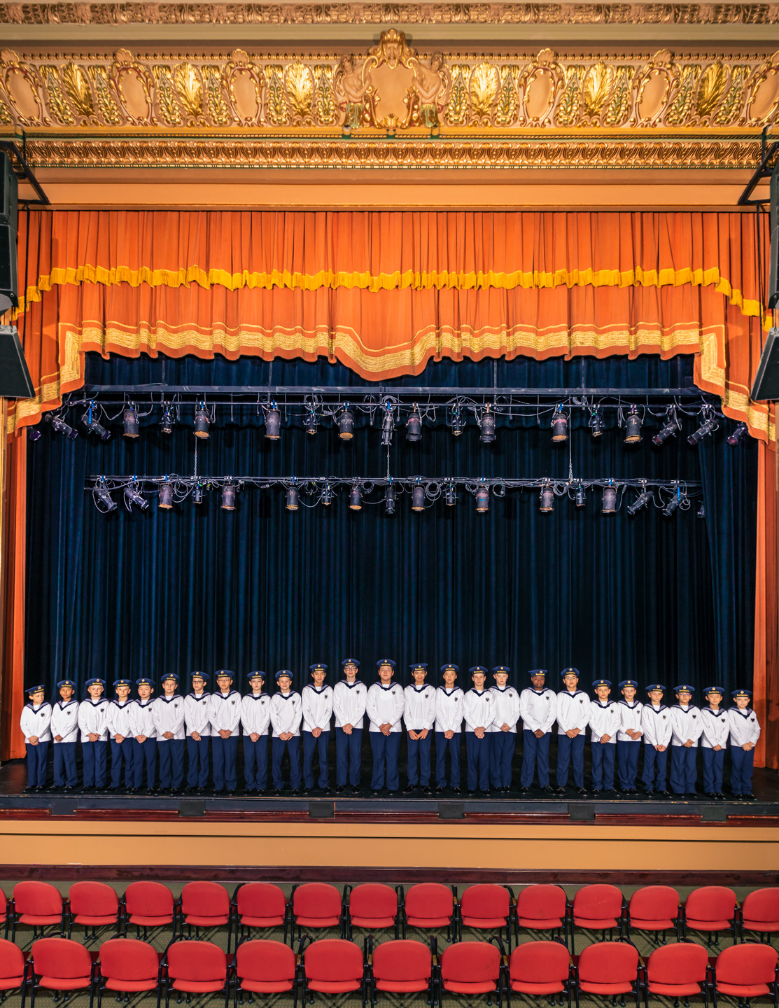 Winters_New_Yorker_Vienna_Boys_Choir_1574