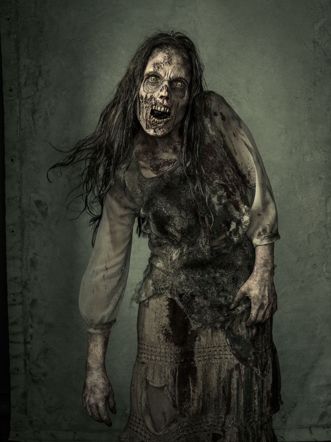 winters_ew_walking_dead_walkers_7702
