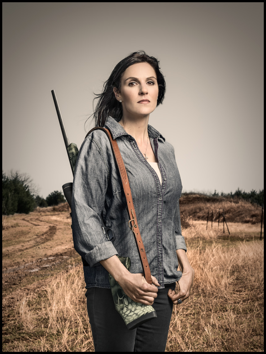 winters_tm_guns_taya_kyle_4758